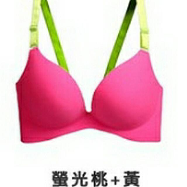 (降)美胸深V爆乳肩帶可拆無痕內衣