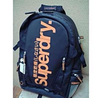 Superdry 後背包