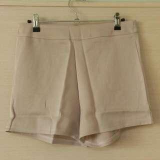 3件免運。 全新 舒適短褲 西裝褲 休閒短褲 OL 半正式 中大碼