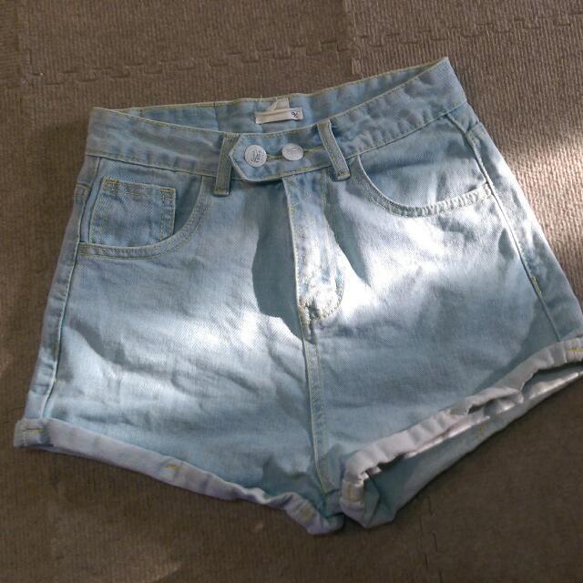 斜口牛仔短褲