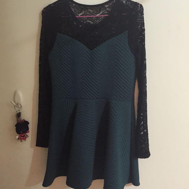 蕾絲墨綠洋裝