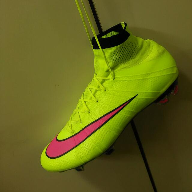 100% authentic a9ccd 6c4f5 Nike Mercurial Superfly 4 FG, Sports on Carousell