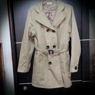 秋裝風衣外套