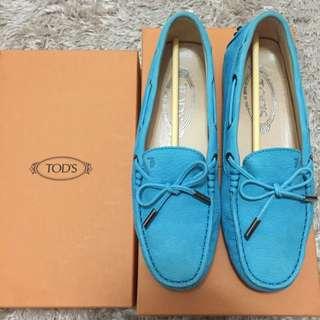 Tod's經典豆豆鞋