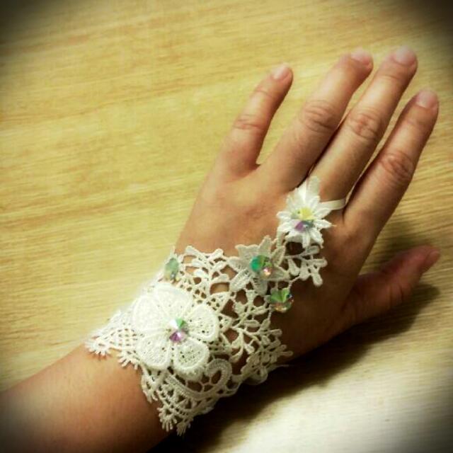 新娘立體蕾絲水鑽手套