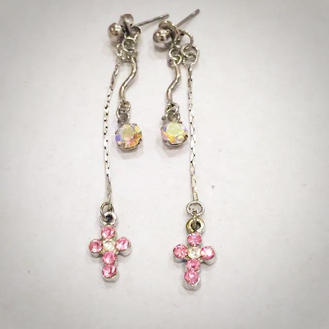 粉紅鑽十字架 垂墜式耳環