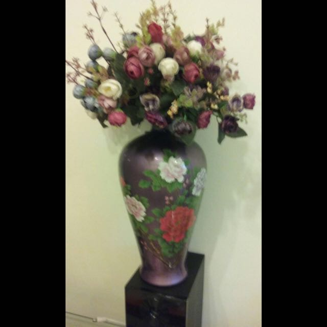 Flower Vase Including Fake Flowers