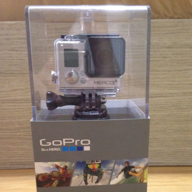 GoPro Hero 3+ (Silver Edition) + FREE Case