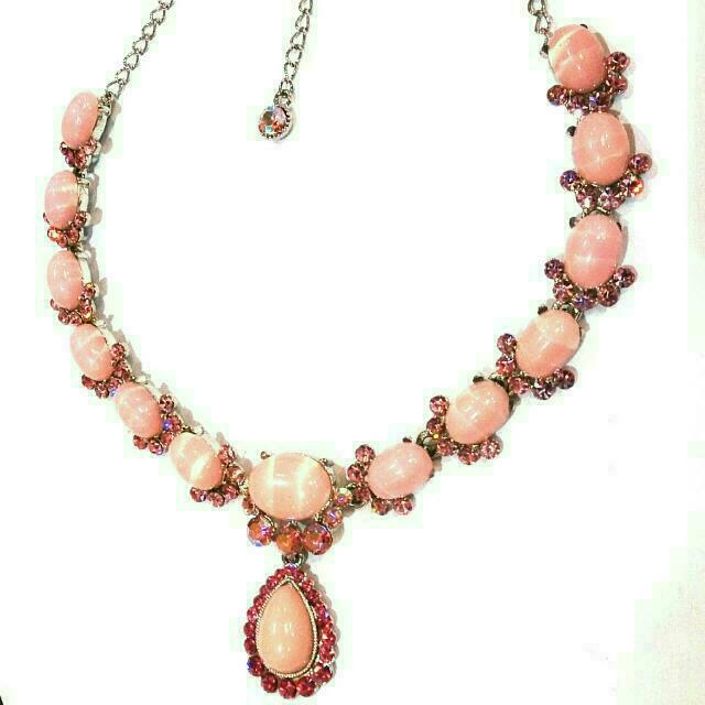 Pink Crystals Necklace