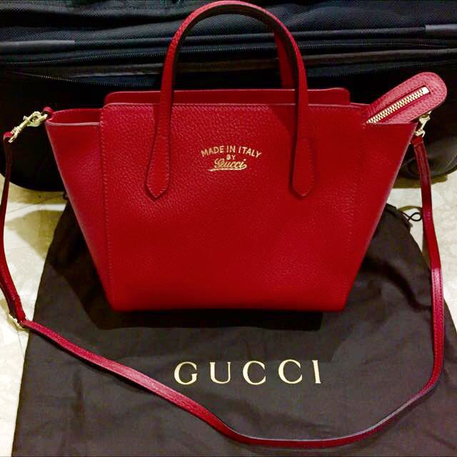9ac85414b182 Selling Below Cost!!!! Brand New Gucci Swing Mini Crossbody Bag In ...
