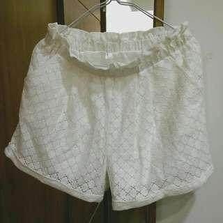 甜美米白五分褲