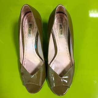 Miu Miu Olive Green Patent Heels (pre-loved-size 39/8)