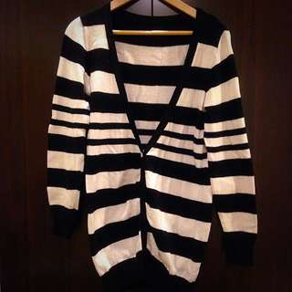 黑白條紋針織外套