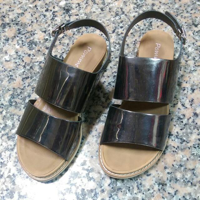 正韓金屬涼鞋