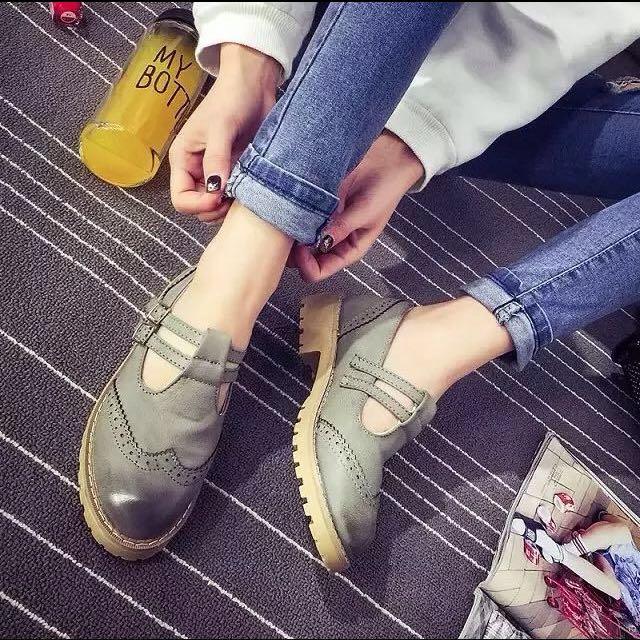 (尺碼限定優惠)森林女孩 雕花簍空牛津鞋