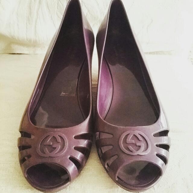 GUCCI紫色跟鞋