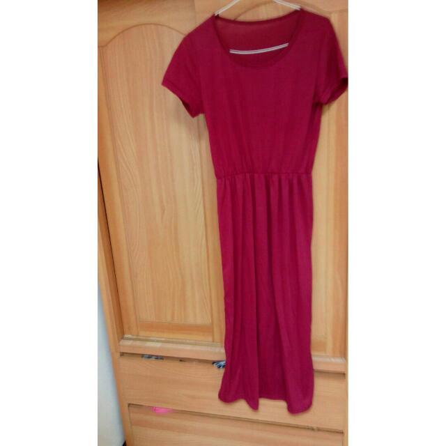 酒紅色長裙
