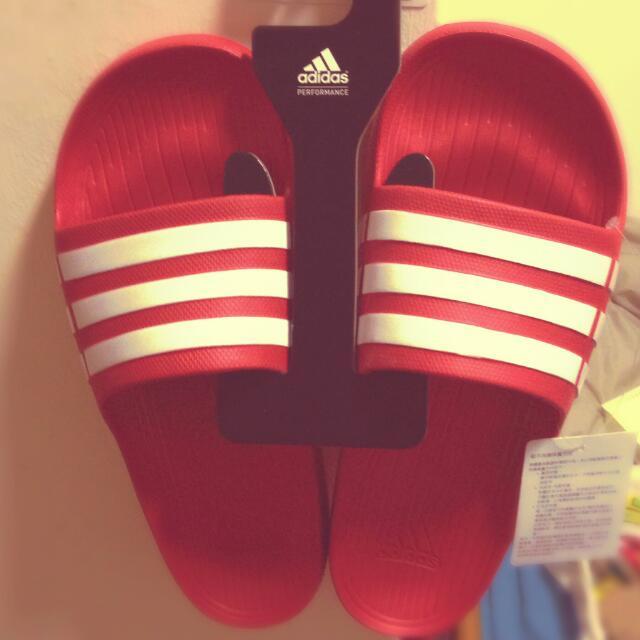 ((保留中))愛迪達 adidas 拖鞋 Slipper 蘇力霸 紅色 三條白線 全新 600不含運
