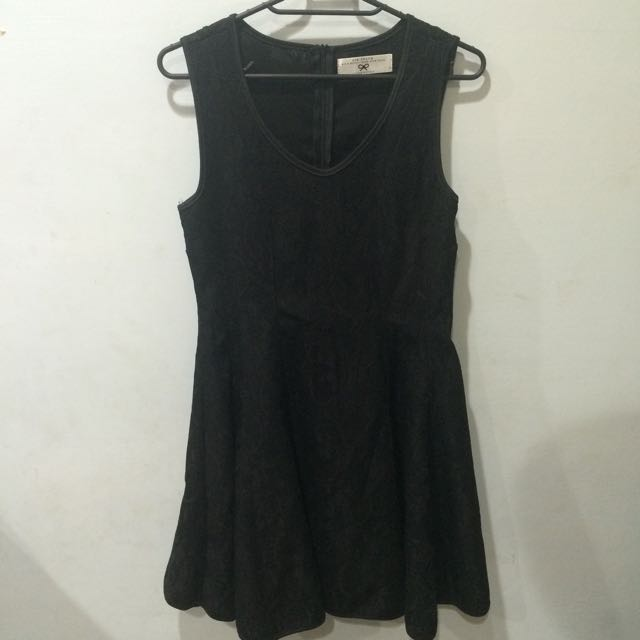 Air Space 滿版蕾絲雕花黑色洋裝