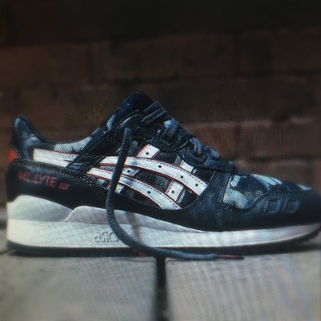Ejército gemelo aspecto  Asics gel lyte lll okayama denim, Sports on Carousell