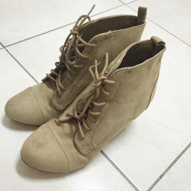 ZARA 杏色牛津楔型鞋 36號
