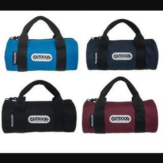 全新 Outdoor 水藍 圓筒袋 吊飾 迷你包