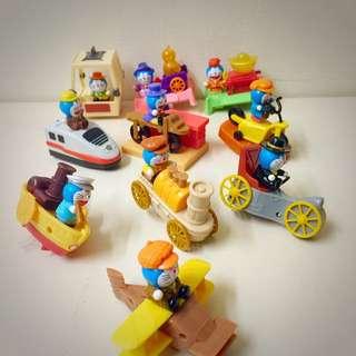 哆啦A夢造型小玩具~