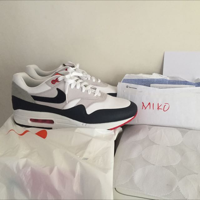 Torbellino Convencional Fraternidad  Nike Air Max 1 Patch Paris (for Trade), Men's Fashion on Carousell