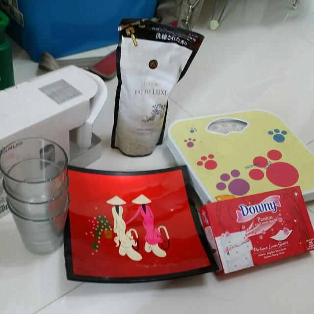 Weighing Scale+Free Items