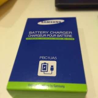 Ex2f原廠電池充電器