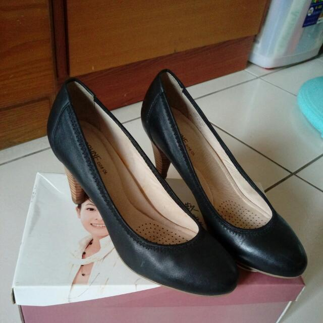達芙妮高跟鞋