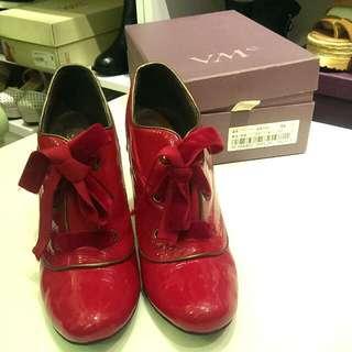 *二手粉新*V M e專櫃名鞋高跟靴(正紅色)