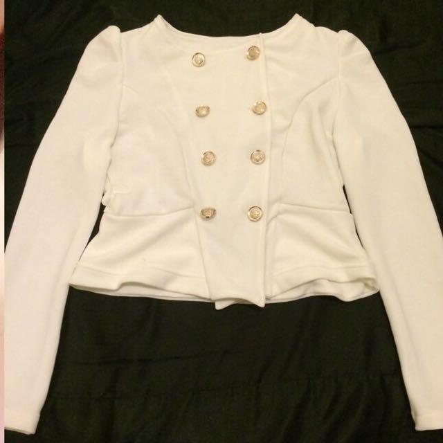 白色拿破崙短版外套