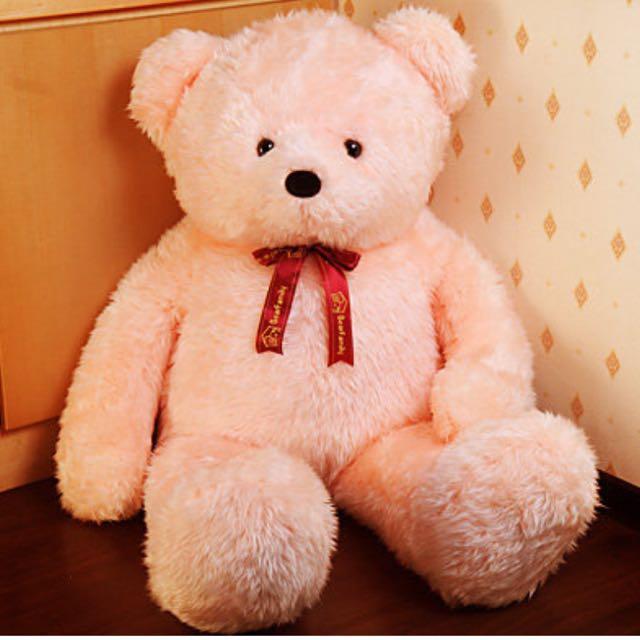 粉色泰迪熊