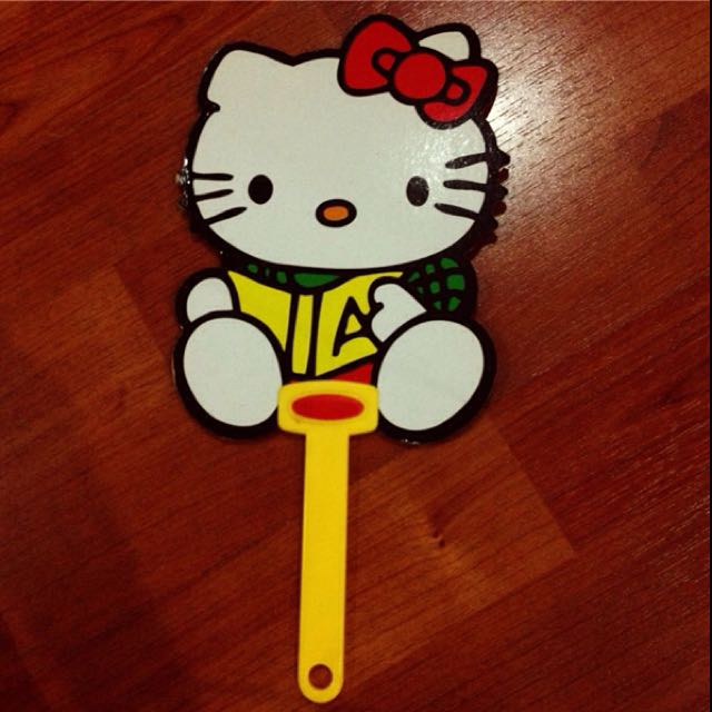 Kitty扇子