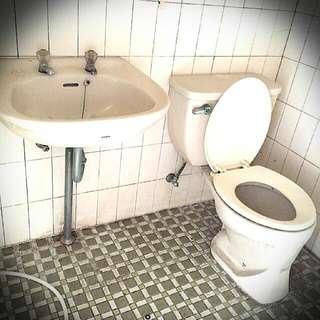 洗手台,馬桶,水箱通通可分開賣喔~