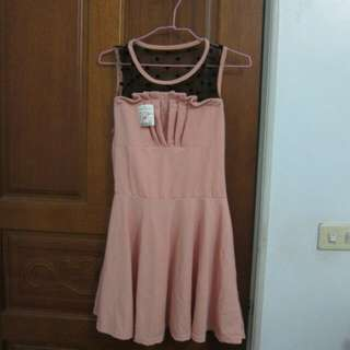 全新-透膚點點粉紅連身裙