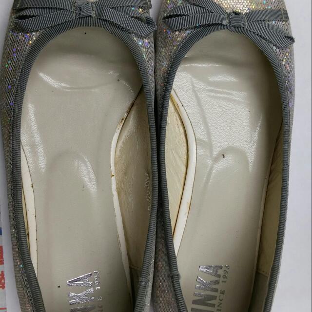 9成新38號銀色亮面包鞋(INKA)