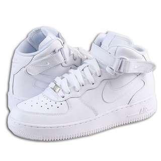 【9.5成新】Nike Air Force 高筒白色 US8 (26cm)