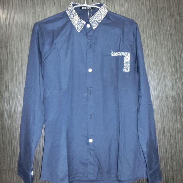 全新藍色襯衫