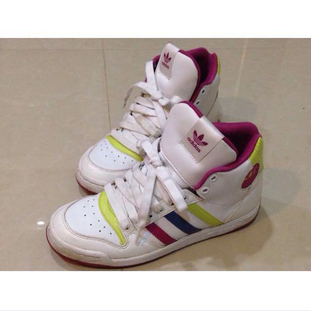 愛迪達高筒球鞋(保留)