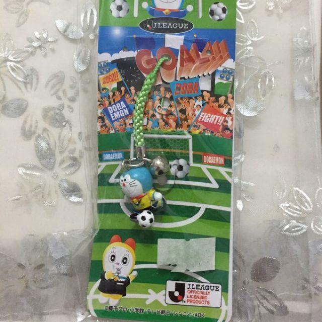 【哆啦a夢 小叮噹】日本地區限定 東京 千葉 足球 手機吊飾 鑰匙圈 公仔