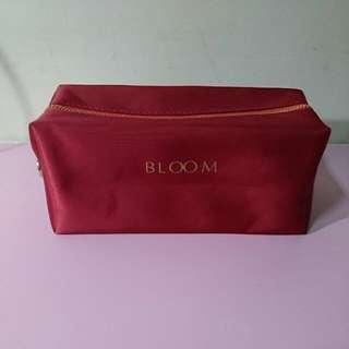 🚚 BLOOM 酒紅色化妝包/收納包