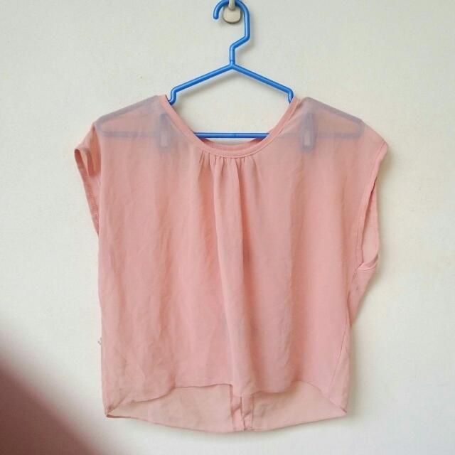 〈贈送〉粉色雪紡罩衫