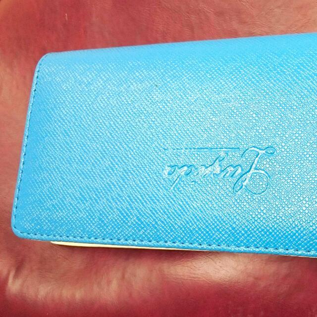 寶藍色長夾