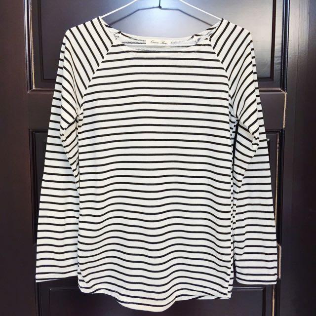 黑白細橫條紋上衣