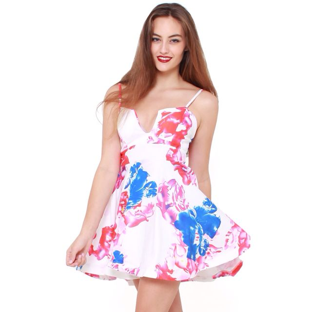 294d41e19a9e BNWT Floral Low Cut Skater Dress