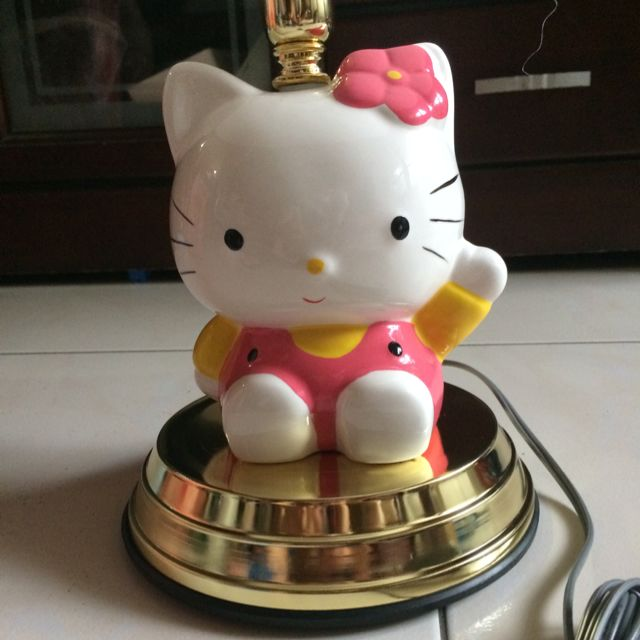 Hello Kitty 檯燈