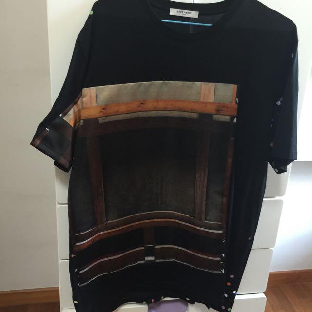 Worn Givenchy Unisex Jersey Satin T-shirt Size M