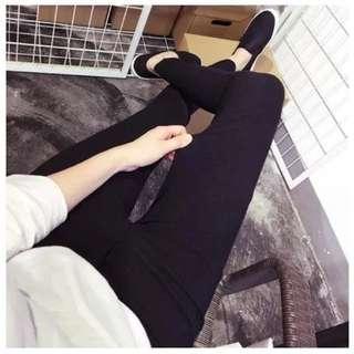 黑色百搭緊身褲 僅試穿ㄧ次 春夏款
